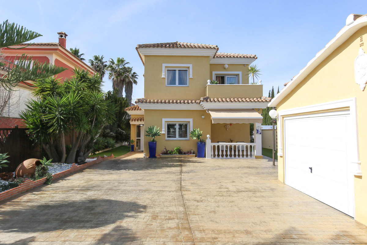 House in Alhaurín de la Torre R2907476 36