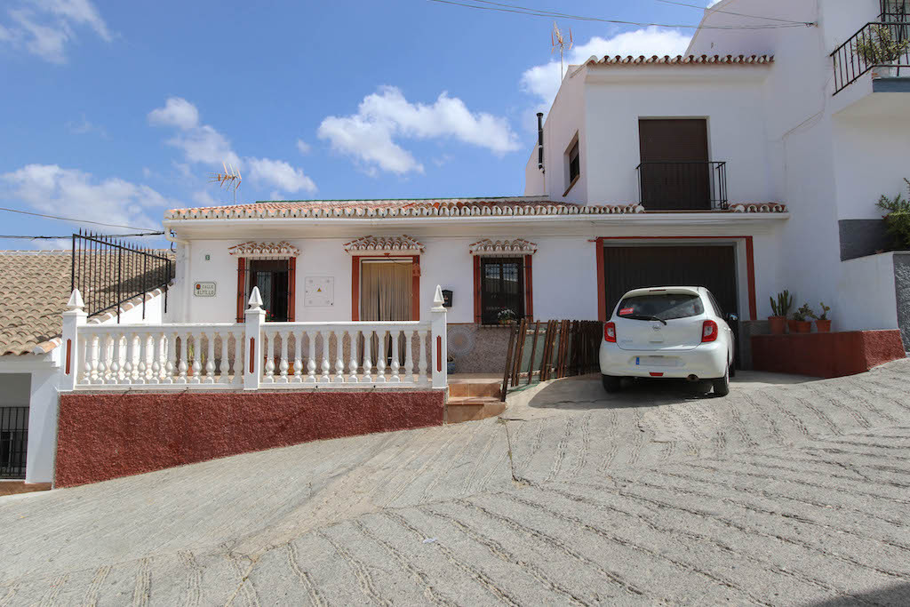 Terraced House - Alora