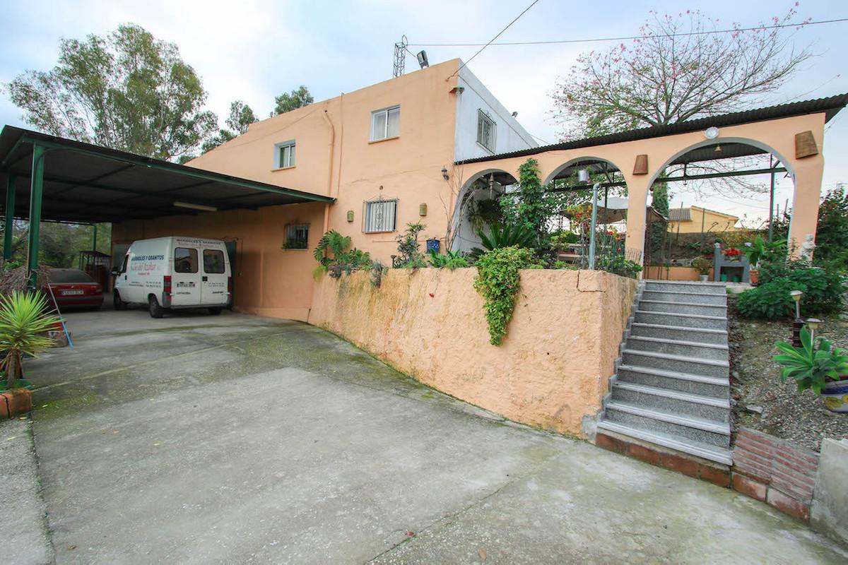 Villa Te Koop - Coin