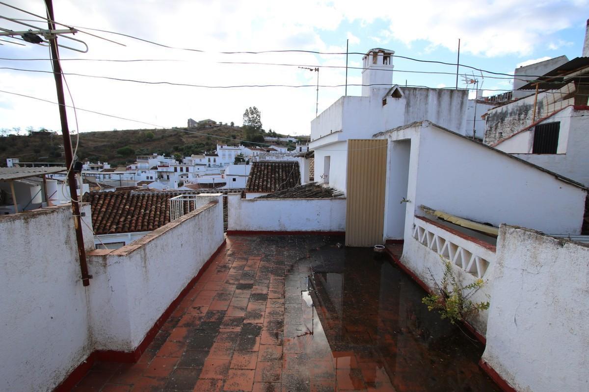Townhouse - Guaro