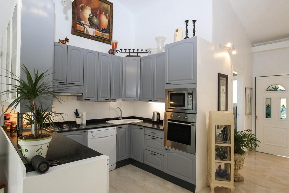 House in Alhaurín el Grande R2863715 11