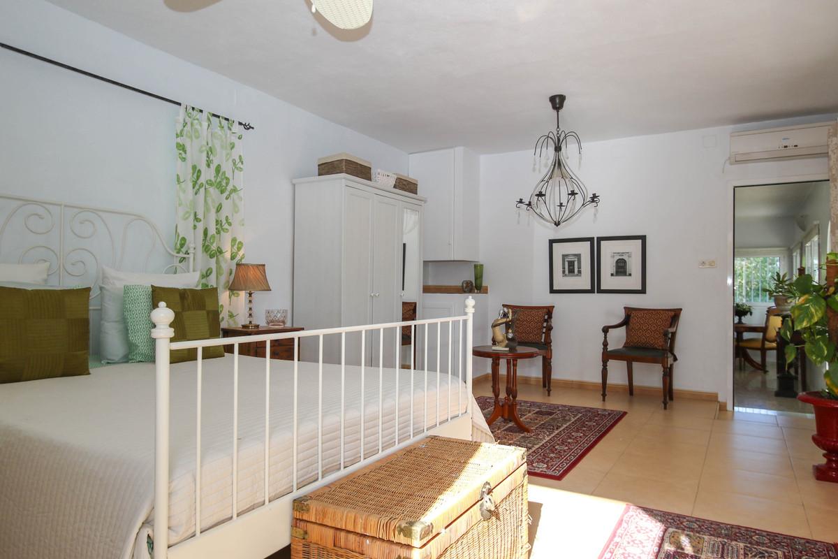 House in Alhaurín el Grande R2863715 43