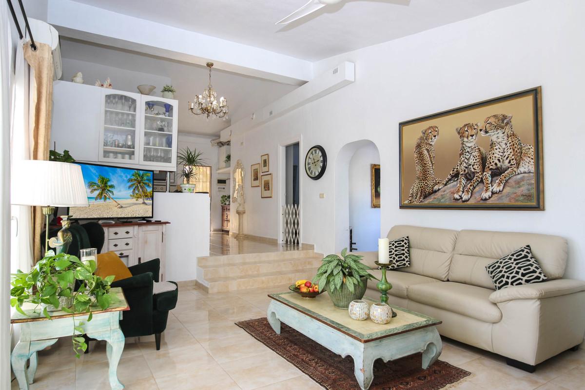 House in Alhaurín el Grande R2863715 8