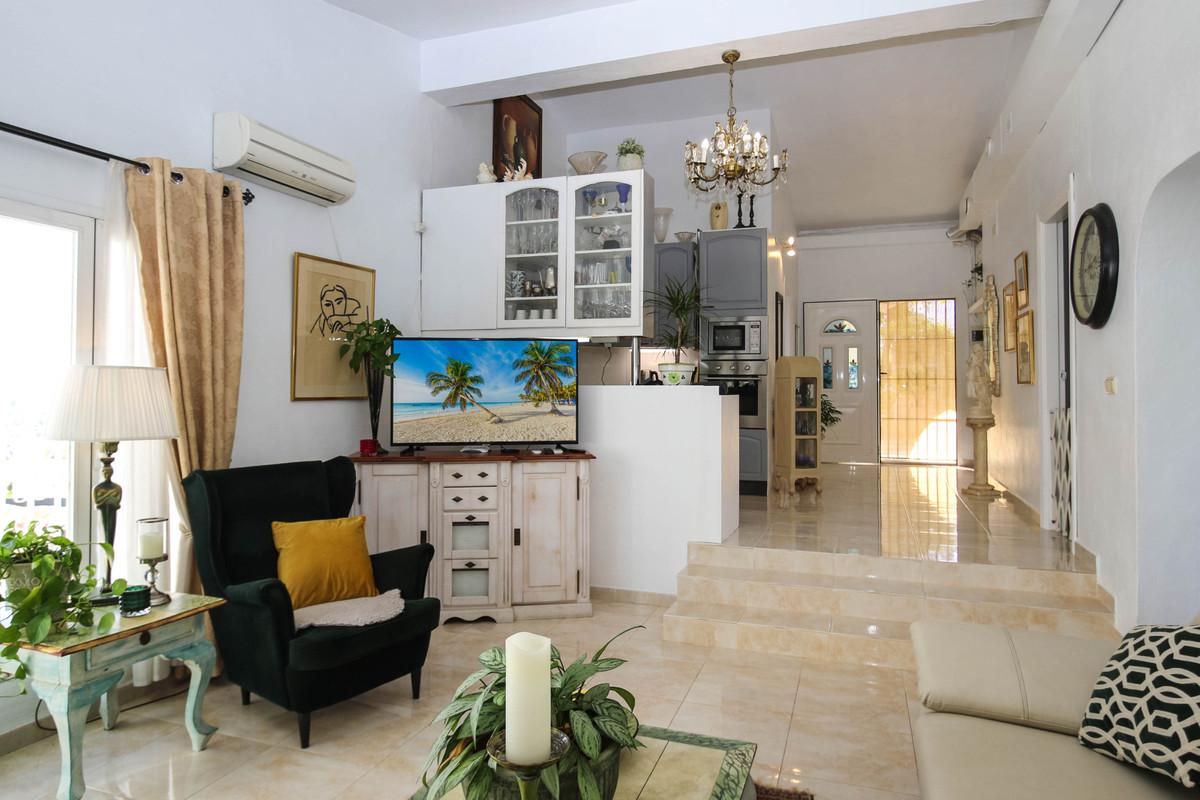 House in Alhaurín el Grande R2863715 9