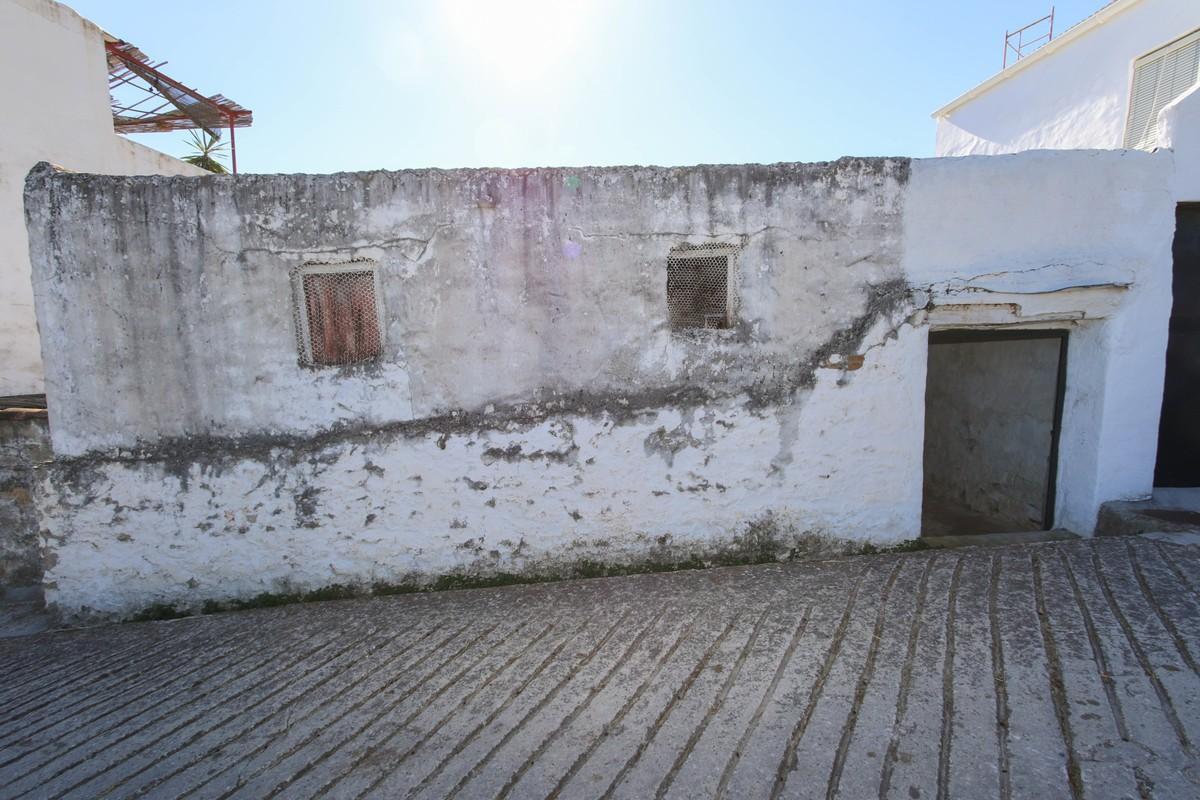 Terreno con Ruina a la venta en Tolox