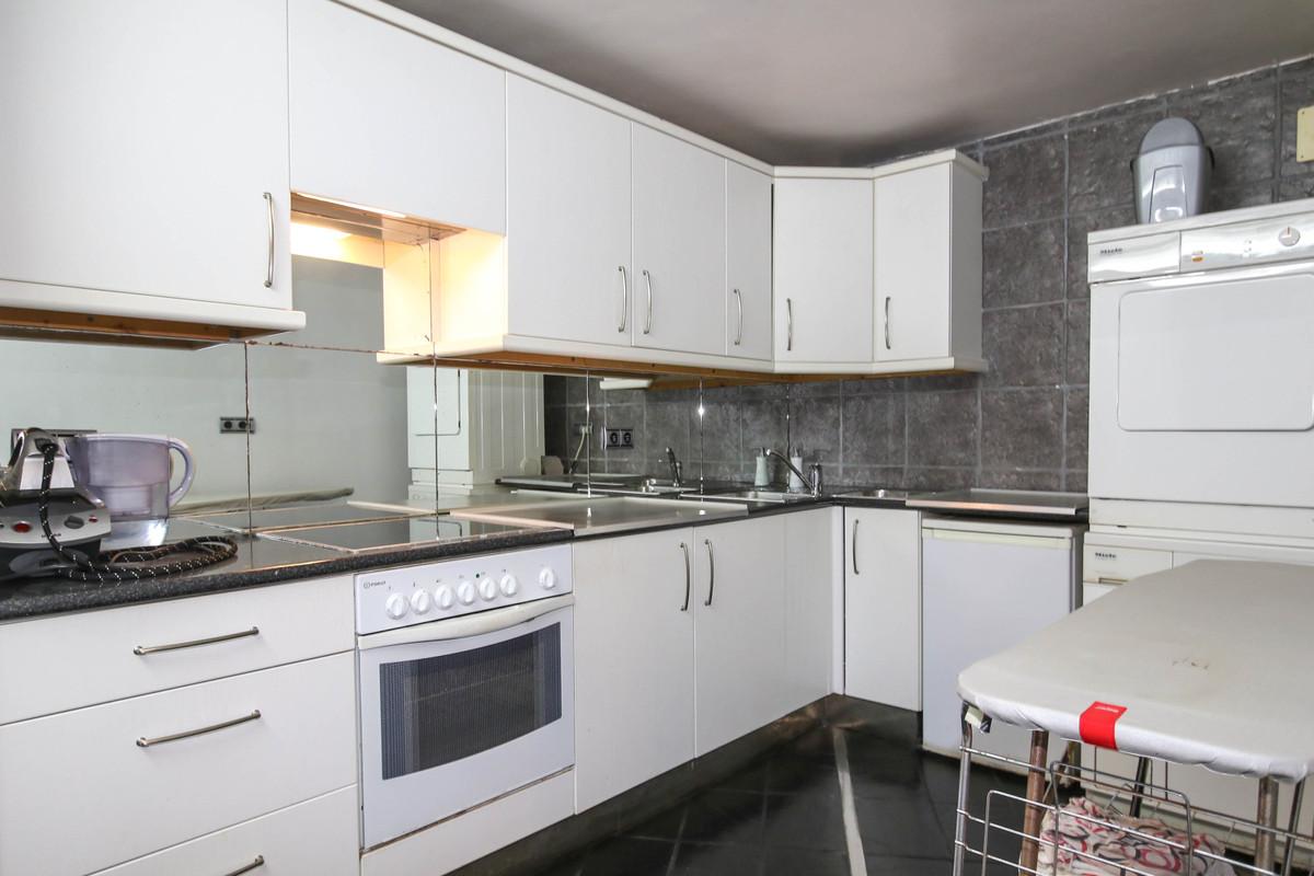 House in Alhaurín el Grande R2306774 36