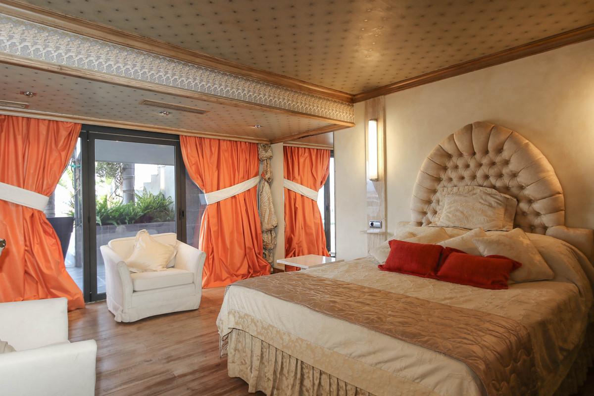 House in Alhaurín el Grande R2306774 37