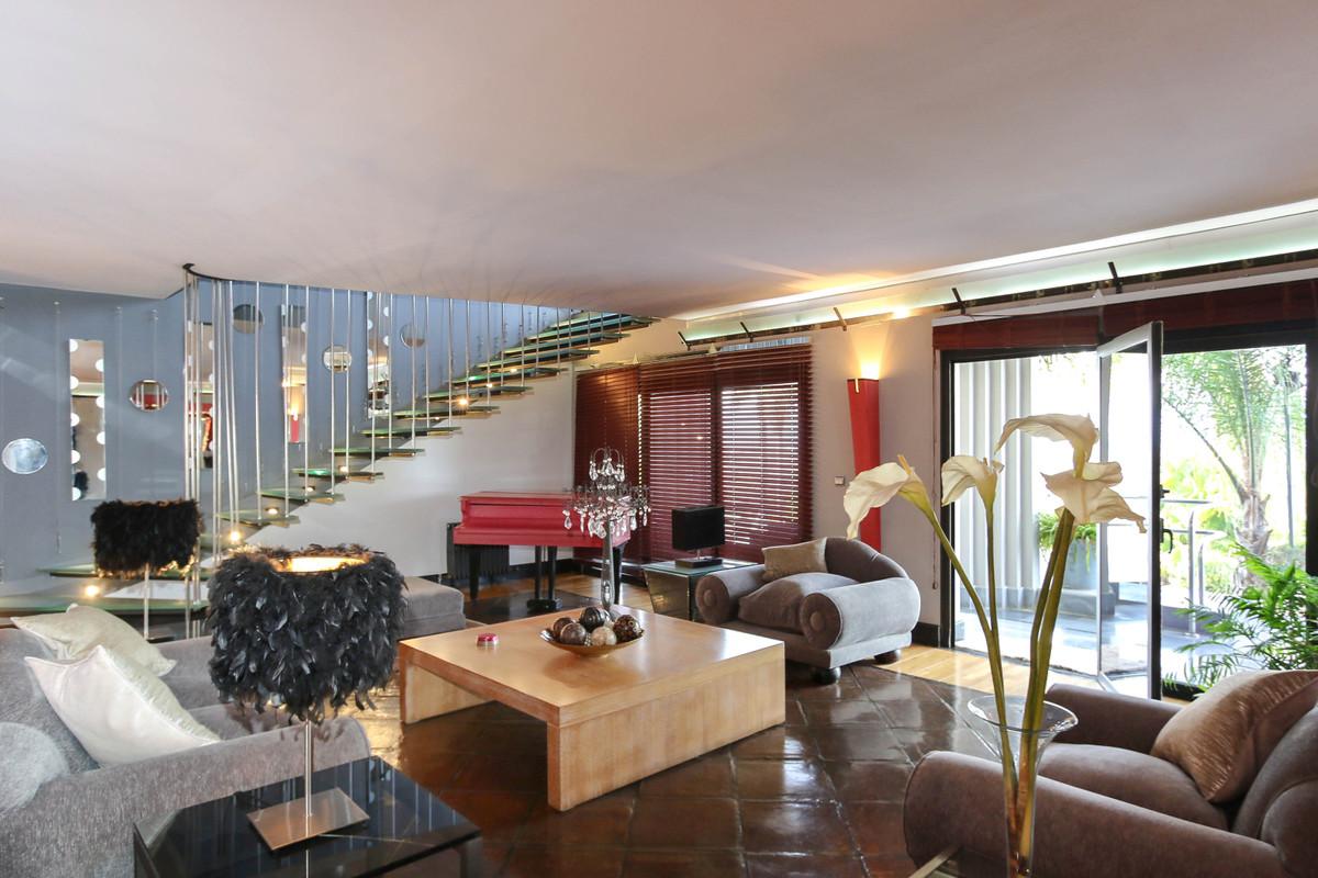 House in Alhaurín el Grande R2306774 5