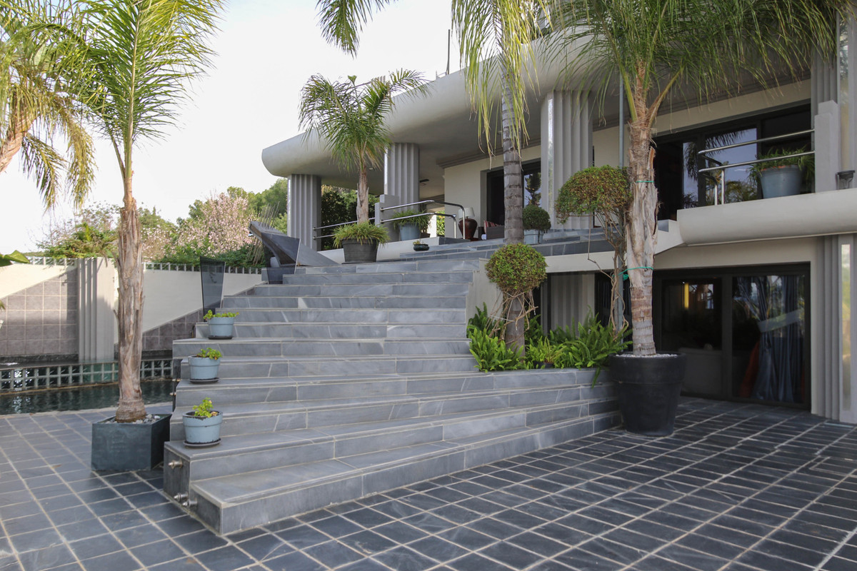 House in Alhaurín el Grande R2306774 59