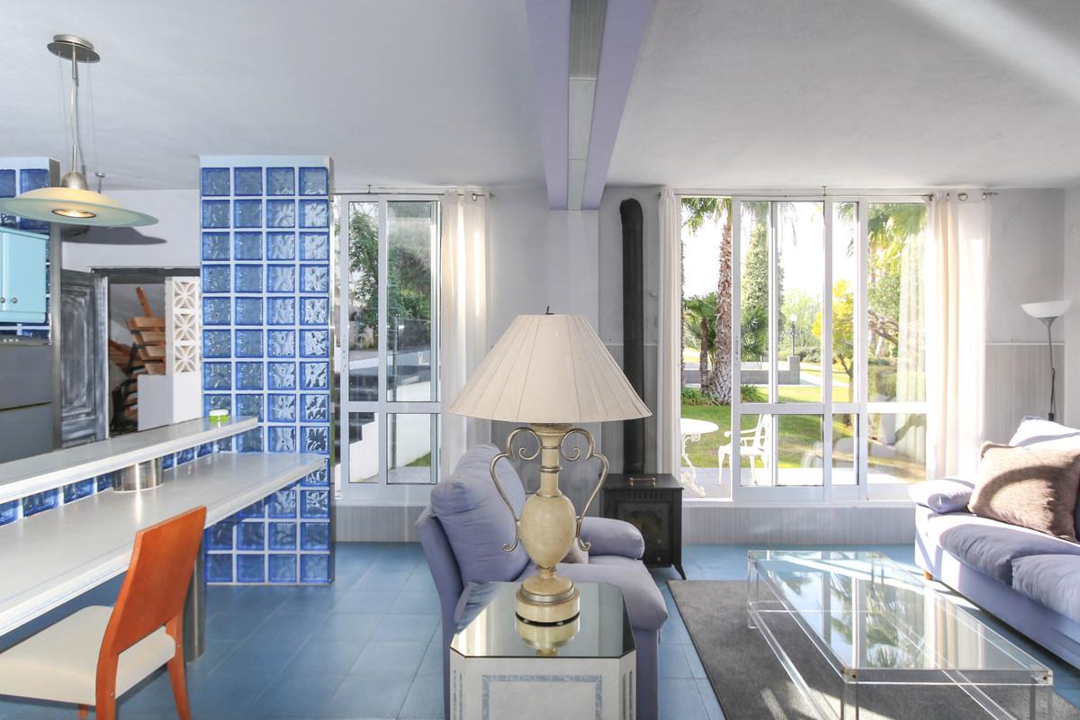 House in Alhaurín el Grande R2306774 79