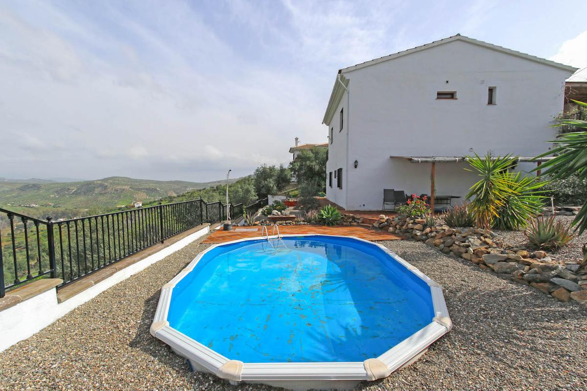 Villa 4 Dormitorios en Venta Tolox
