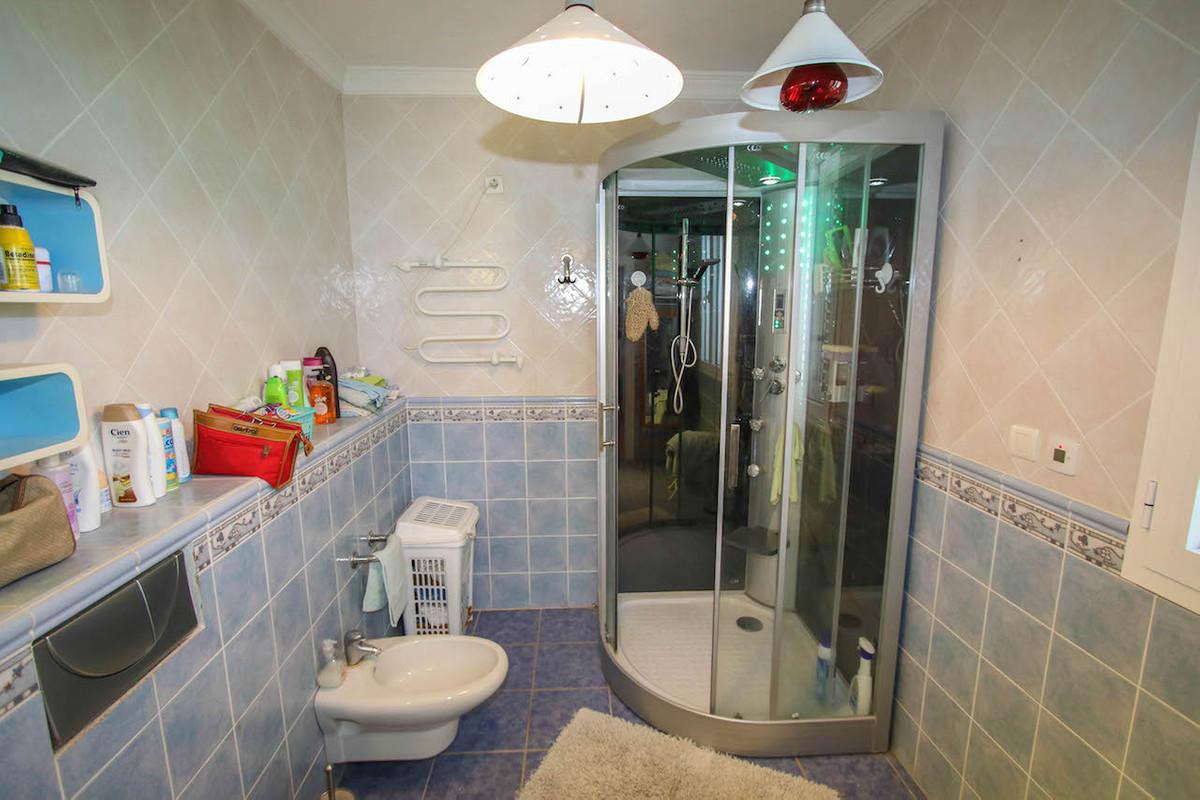 House in Alhaurín de la Torre R2628890 22