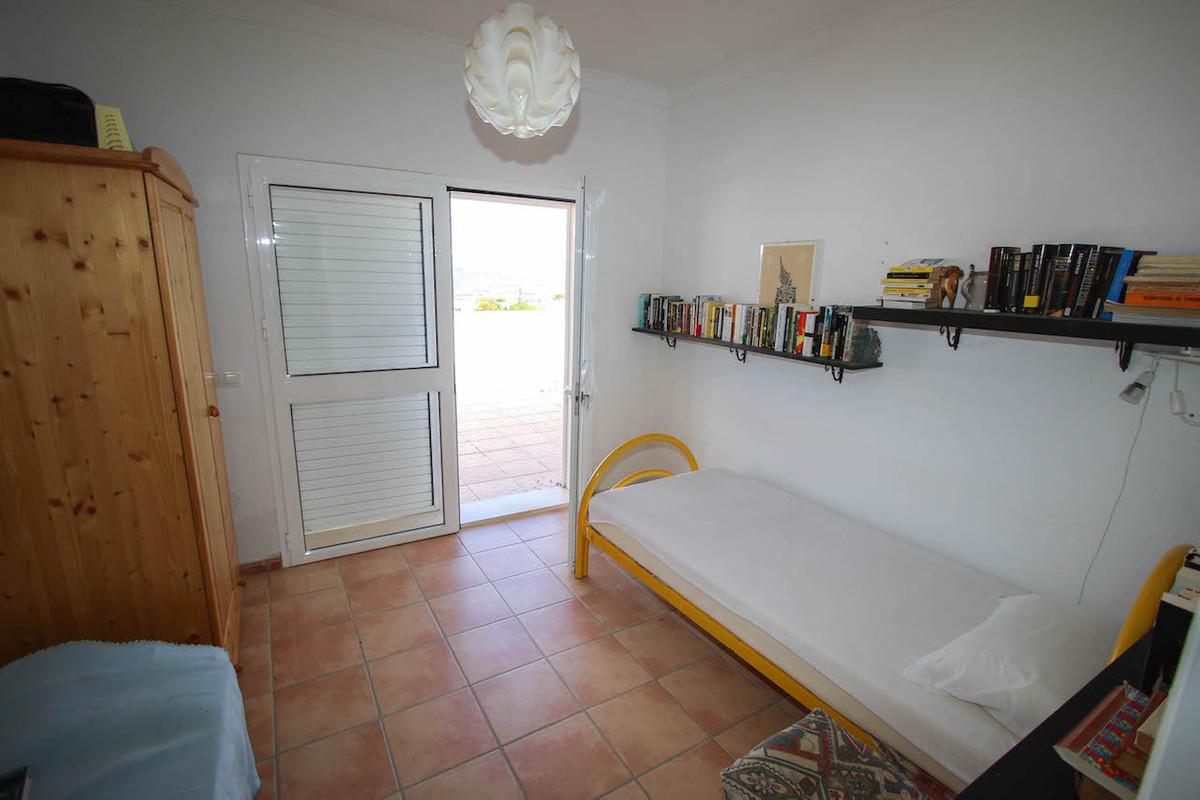 House in Alhaurín de la Torre R2628890 30
