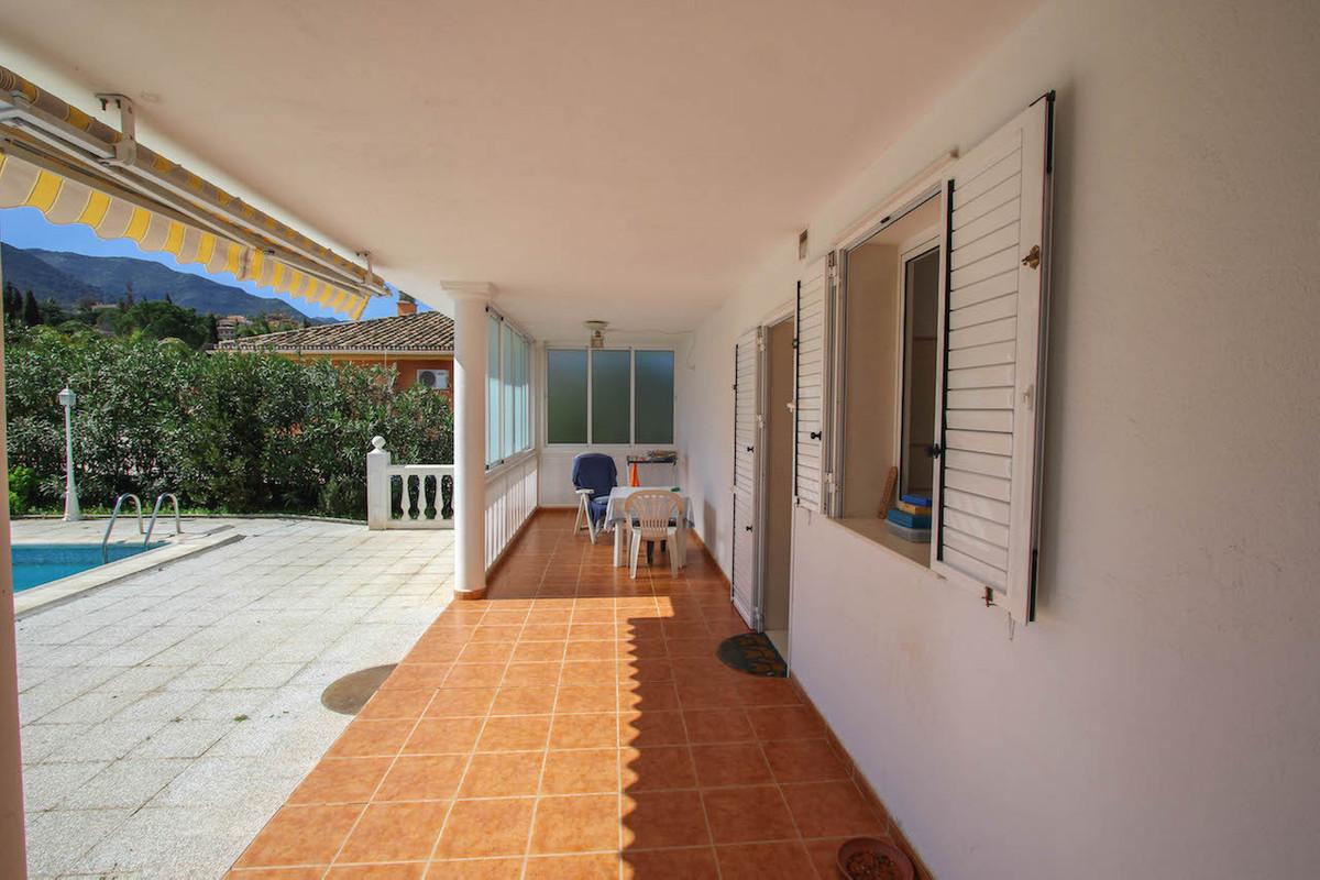 House in Alhaurín de la Torre R2628890 45