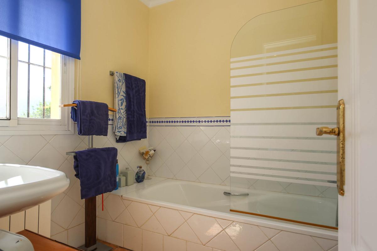 House in Alhaurín el Grande R3320935 34