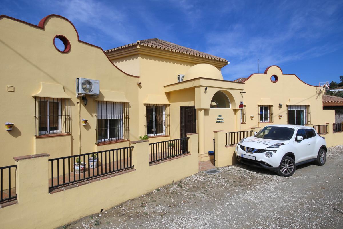House in Alhaurín el Grande R3320935 4