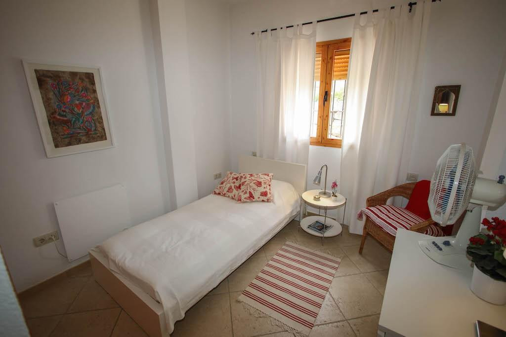 House in Alora R2713829 23