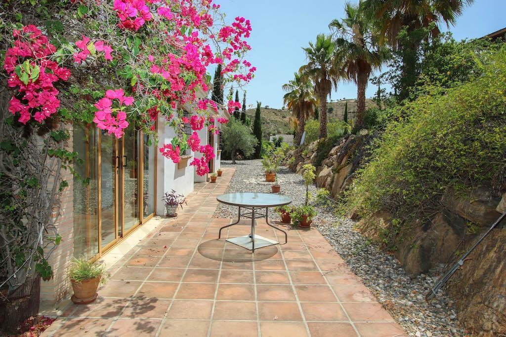 House in Alora R2713829 5