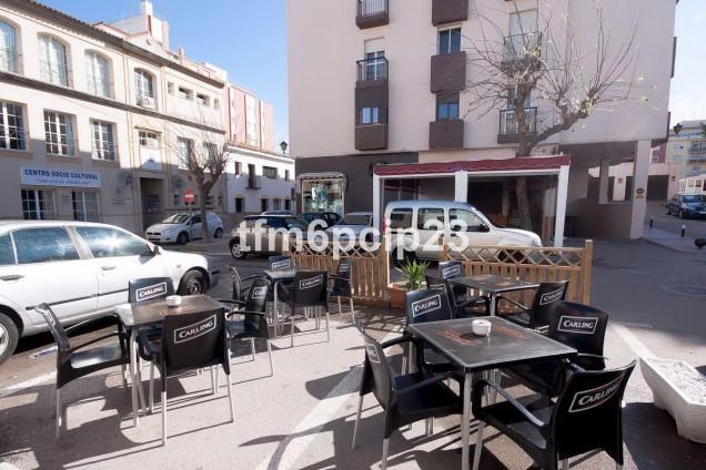 Comercial Bar 2 Dormitorio(s) en Venta San Luis de Sabinillas