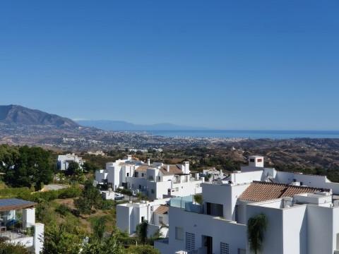 Takvåning i Marbella R2454056