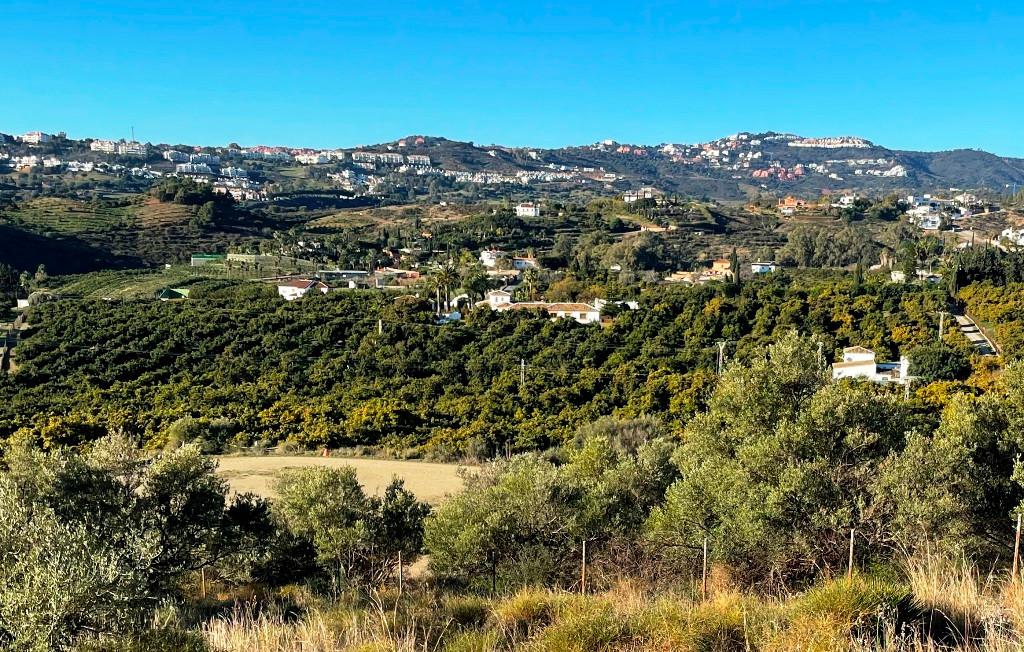 Finca - Cortijo for sale in Mijas Costa R2340116