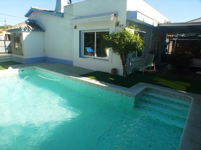 Exceptional bungalow villa only 380 m from the beach in Costabella, between El Rosario and Elviria. ,Spain