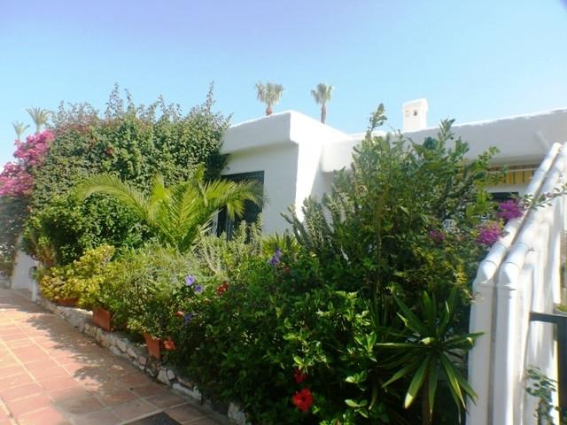 Maison Jumelée  Mitoyenne en vente   à Marbella