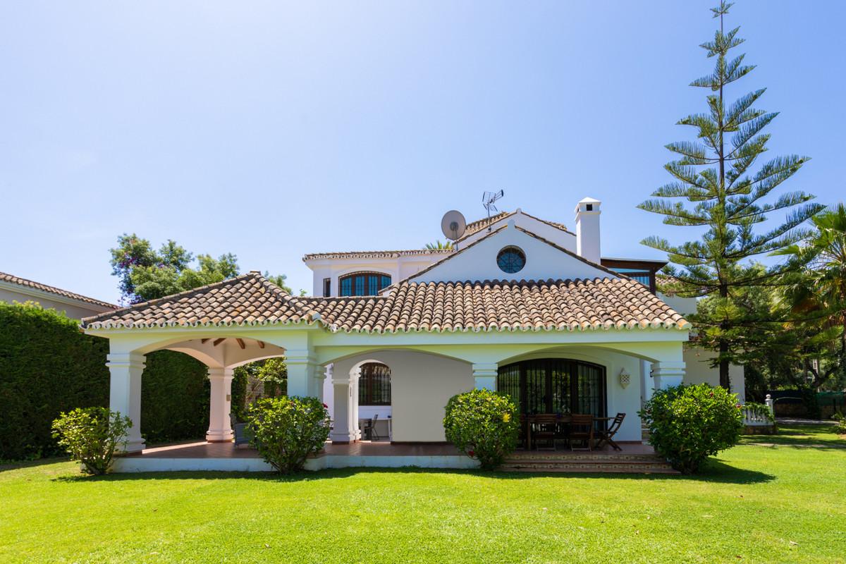 7 bedroom villa for sale el rosario