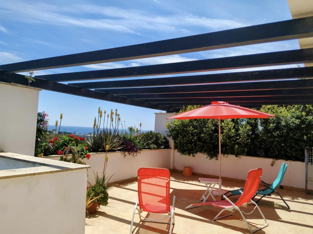 AVAILABLE NOW FOR LONG TERM RENT  Fantastic 3 Bedroom 2 Bathroom Duplex Apartment in Santa Clara, Ea,Spain