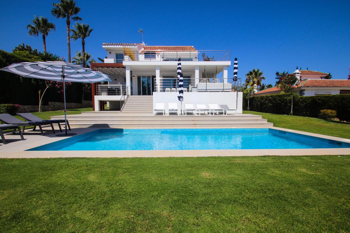 Villa i Las Chapas R2963204
