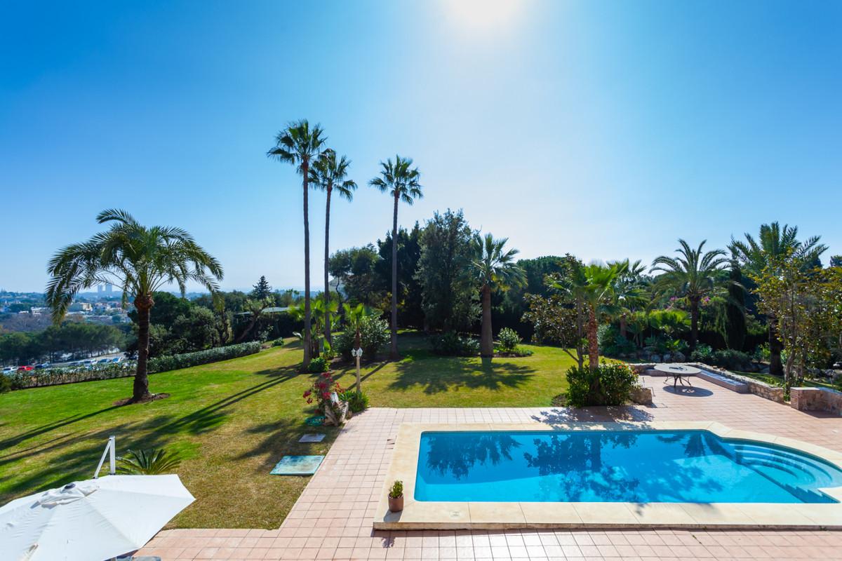 R3358873 Villa El Rosario, Málaga, Costa del Sol