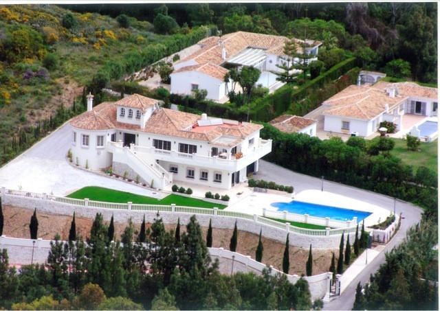 Freistehende Villa in Mijas Costa R2296655
