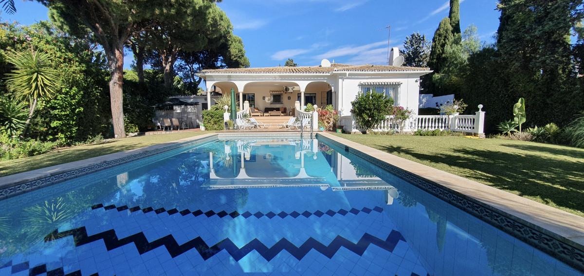 Long Term Rental in Las Chapas