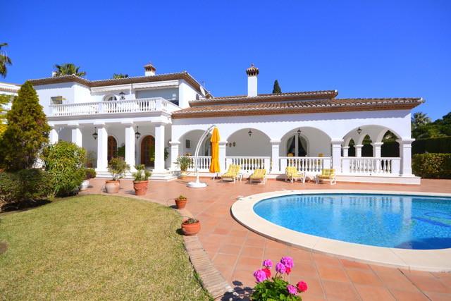 House en Bahía de Marbella R3161035 1