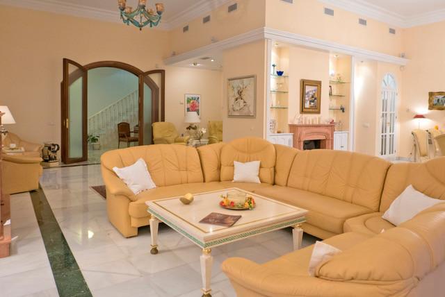 House en Bahía de Marbella R3161035 2