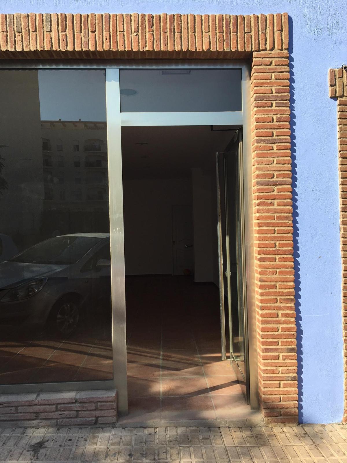 Commerce, Locaux Commerciaux  en vente    à San Luis de Sabinillas