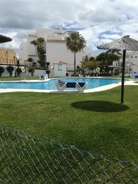 """""""Magnifico apartamento en Los Hidalgos ( Sabinillas) con dos piscinas, jardines comunitarios, a,Spain"""