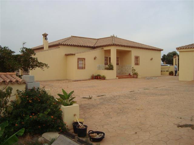 Villa, Finca  for sale    en Manilva