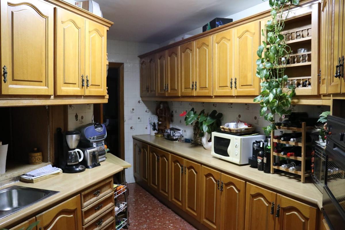 R3273031: Apartment for sale in Estepona
