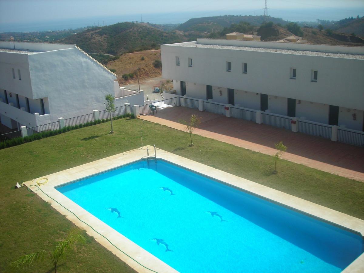 R3233065: Apartment for sale in Estepona