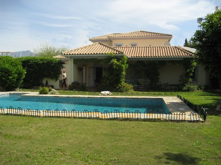 4 Bedroom Private villa for sale in El Pilar, Estepona  A private, secluded villa located in the hea,Spain