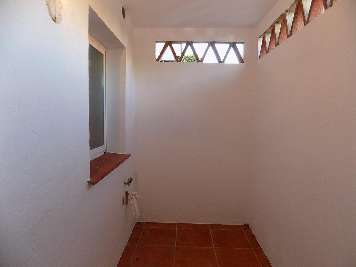 Apartamento con 3 Dormitorios en Venta San Pedro de Alcántara