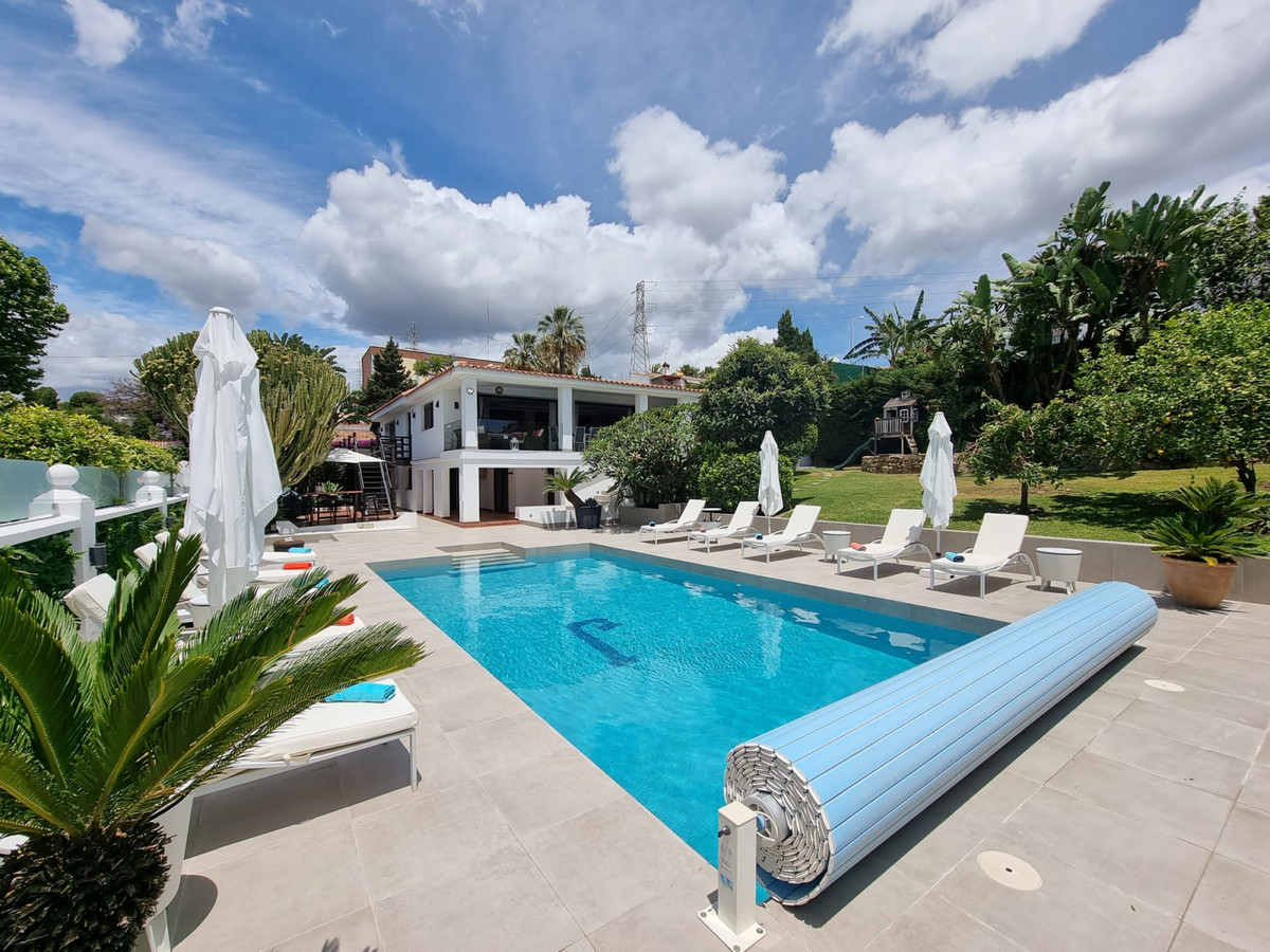 Villa - Chalet en venta en Marbella R3866275