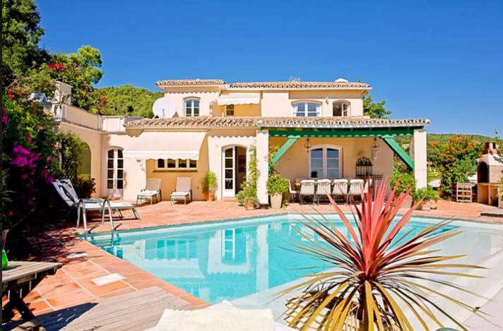 Luxury 5 Bed Villa in El Madronal, Benahavis Marbella  Beautiful Villa situated in a gated community,Spain