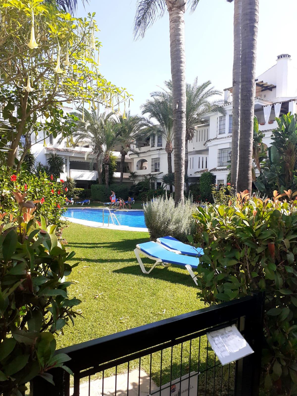 Penthouse, Marbella, Costa del Sol. 1 Bedroom, 1 Bathroom, Built 100 m², Terrace 33 m².  Setting : T,Spain