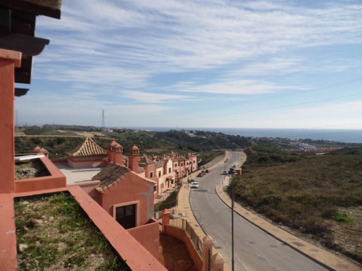 3 Bedroom Townhouse For Sale, Estepona