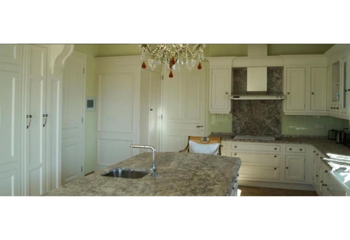 House en Benahavís R3700343 34
