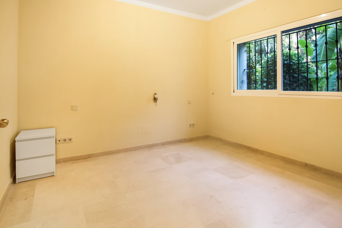 5 Bedroom Ground Floor Apartment For Sale Cancelada
