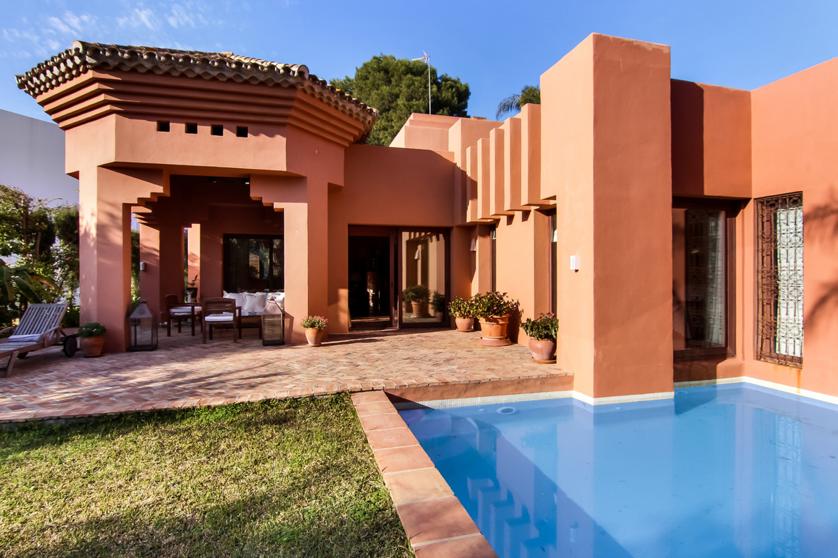 A beautiful villa in fantastic location in Puerto Banus. This stunning villa is one of a kind. Desig,Spain