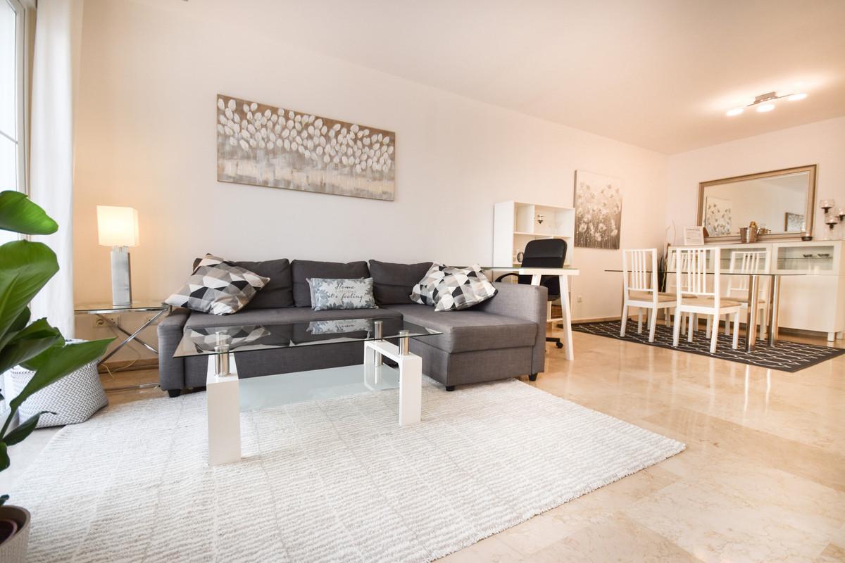 Appartement  Penthouse en location  à Istán